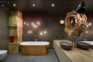Beau loft industriel a kiev au design interieur resolument for Salle de bain loft industriel