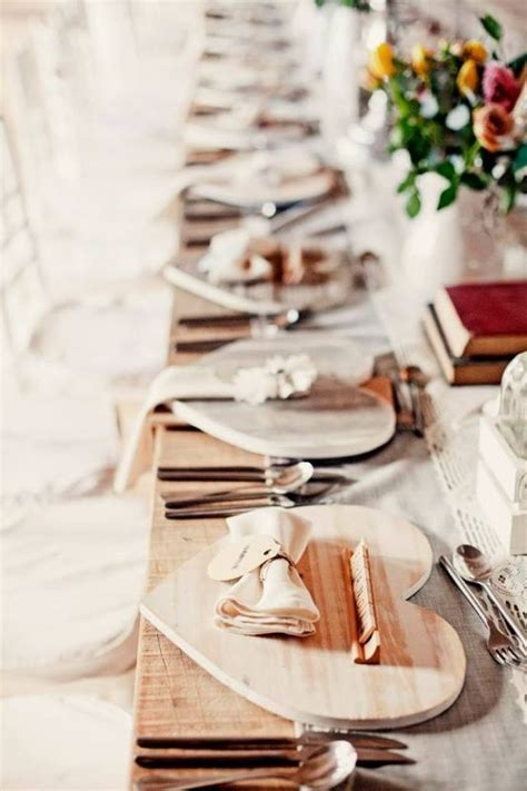 Wooden Heart Underplates Trou Idees Diy Wedding