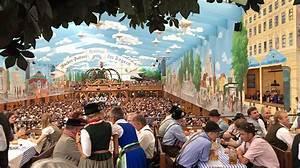 Who S Perfect München : die sch nsten dirndl trends f r das oktoberfest 2018 looks outfits ~ Frokenaadalensverden.com Haus und Dekorationen