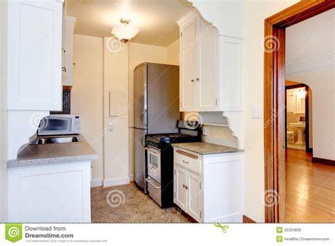 cuisine d appartement vieille cuisine blanche d 39 appartement images libres