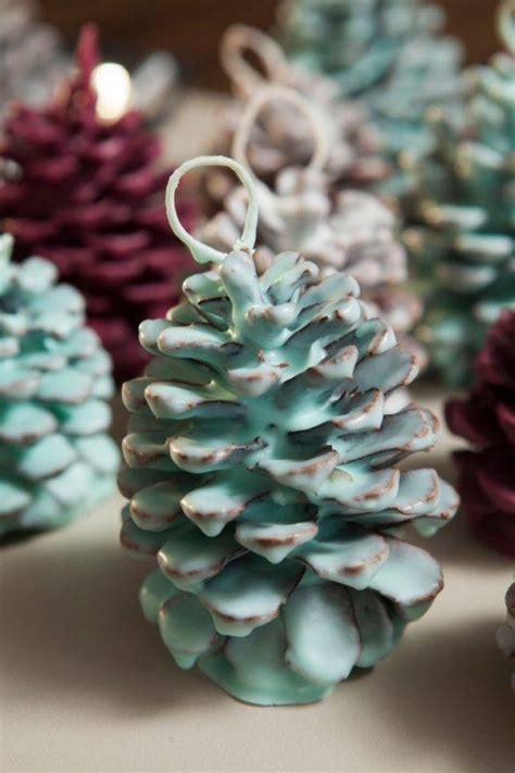 beautiful pine cone crafts   stunning home decor