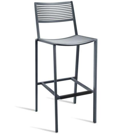 chaise métallique 20 idées de meuble métallique de design original