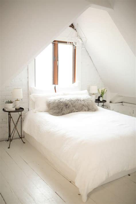 Das Richtige Bett by Schlafzimmer Mit Dachschr 228 Ge Das Richtige Bett Am