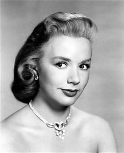 17 Best ideas about Piper Laurie 2017 on Pinterest ...