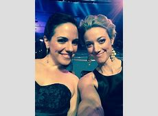 Zoie Palmer and Lost Girl win Fan Choice Awards at the