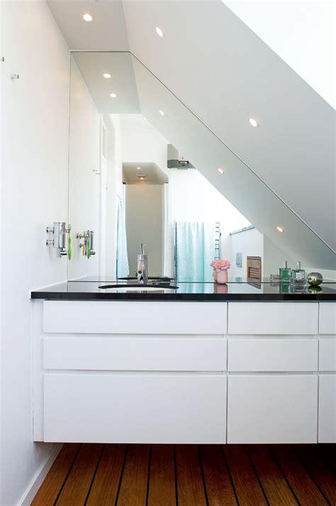 lighting solutions  small bathroom
