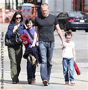 Jennifer Connelly, Paul Bettany have first daughter ...