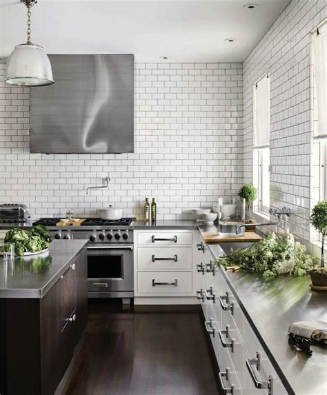 20 beautiful kitchens with white house beautiful kitchens kitchen with no top cabinets