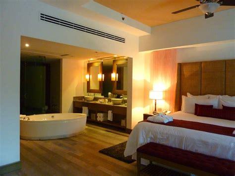 revetement sol pour chambre salle de bain dans chambre une tendance élégante et pratique