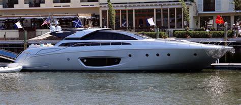 Riva Boats Wiki by File Riva Domino 86 Yacht Jpg