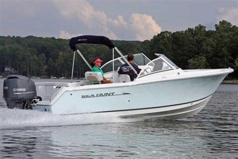 Used Bowrider Boats For Sale In Ct by 2013 Used Sea Hunt Escape 234 Le Bowrider Boat For Sale