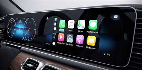 apple carplay mercedes benz middle east luxury cars
