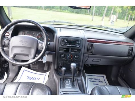 jeep cherokee dashboard 2000 jeep grand cherokee laredo 4x4 agate dashboard photo