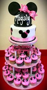 Baby Supplies Checklist Minnie Mouse Baby Shower Cakes Ideas