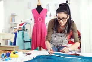 designer ausbildung die ausbildung zum modedesigner ist erfüllt disziplin und fleiß kreativliste
