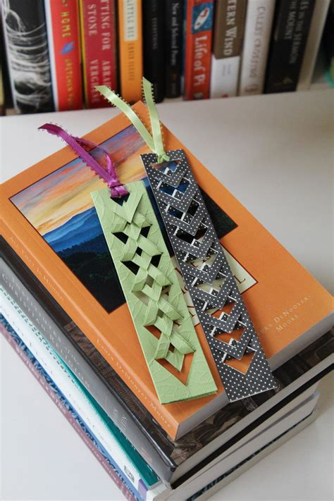 reading    easy diy bookmarks