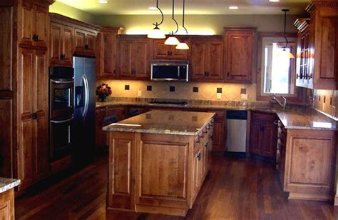 knotty maple kitchen cabinets 69 best cabinets images on 6672