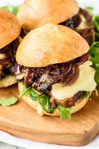 Sandwich with Onions and Steak
