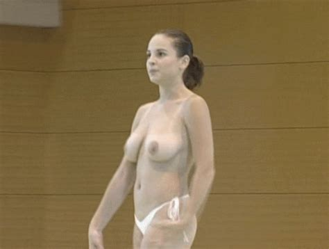 Nude Romanian Gymnasts - PornHugo.Com