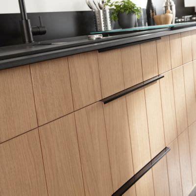 poign馥 de cuisine design poignee de porte de cuisine castorama maison design bahbe com