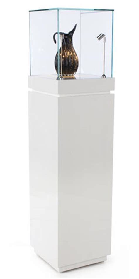 Museum Showcase   White Gloss Stand w/ Tempered Glass