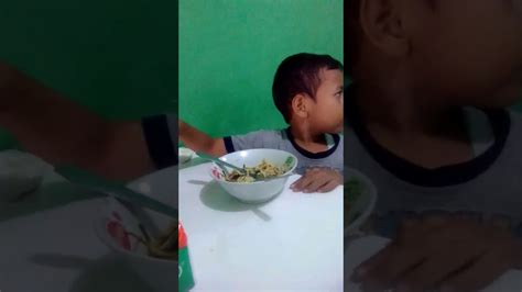 Makan Mie Ayam Yummy Youtube