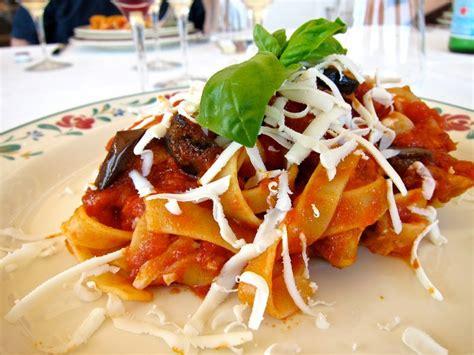 recette de pate italienne p 226 tes 224 la sicilienne recette de la pasta alla norma