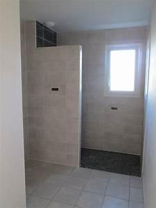 realisations salle de bains douche a l39italienne 85000 With salle de bain design avec cloison décorative