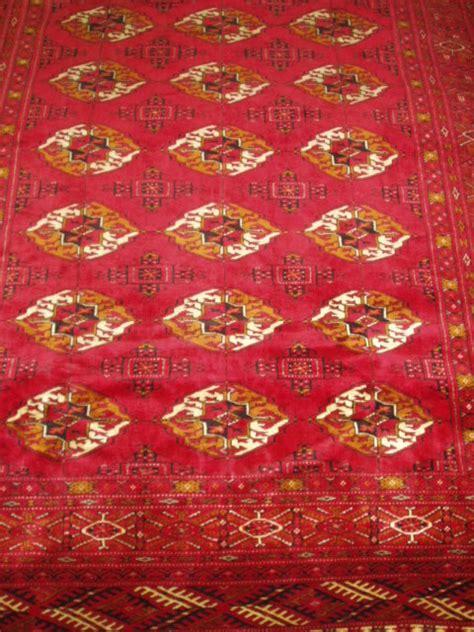 persian oriental rug layout  design  persia