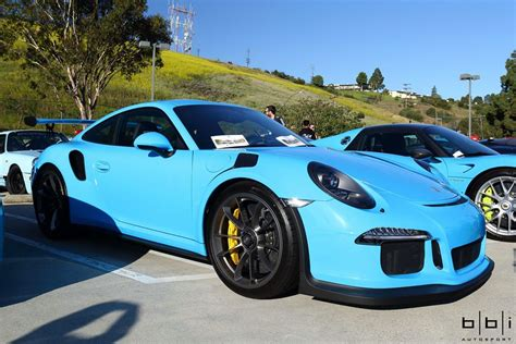 porsche blue gt3 riviera blue porsche 918 spyder and 911 gt3 rs