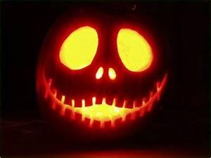 Visage Citrouille Halloween : d co halloween apprenez sculpter une citrouille comme un pro conseils galerie photo ~ Nature-et-papiers.com Idées de Décoration