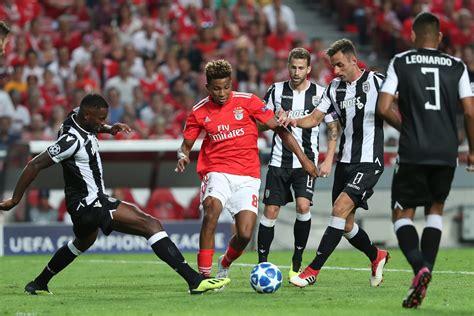 Dauerkarteninhaber und mitglieder können ab dem 30. Sevilla vs benfica live. UEFA-Supercup live: FC Bayern ...