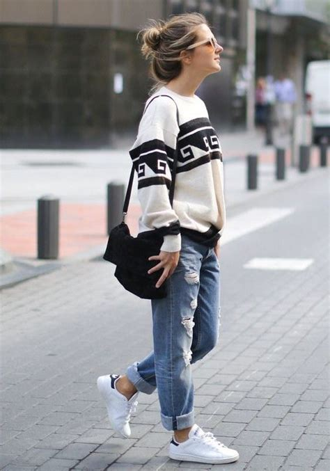 Boyfriend Jeans Outfit Ideas You Can Follow Right Now