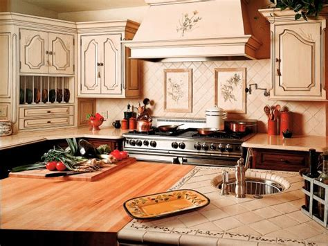 tiled kitchen counter tiled kitchen countertops pictures ideas from hgtv hgtv 2782