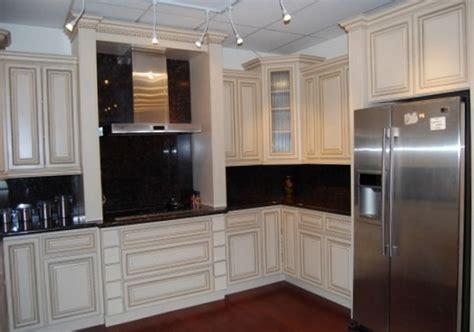 kitchen black cabinets 50 best white kitchen cabinets with black appliances 2317