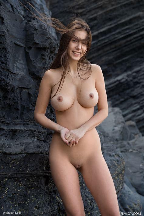 Alisa Amore Porn Pic