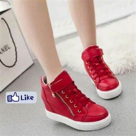 Wedges Hitam V jual sepatu nike wedges sneakers boots wanita pink