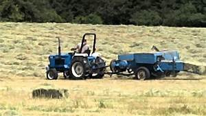 New Holland 1720 Pulling Ford 532