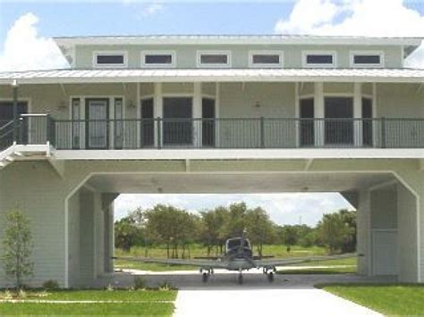Structural Steel Hangar Home in Airpark   Florida, United