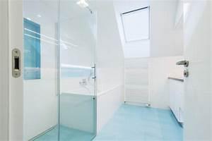 Dusche Neben Badewanne : kleines bad dachschr gen diese duschen l sen 5 platz probleme ~ Markanthonyermac.com Haus und Dekorationen