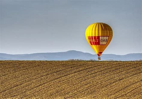 hot air balloon emergency landing  winters