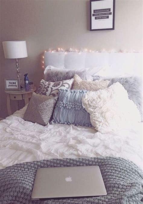 grey bedding    perfect   dorm room