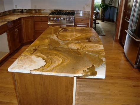 Kitchen with River Gold Granite ? Luxurious Accent   HomesFeed
