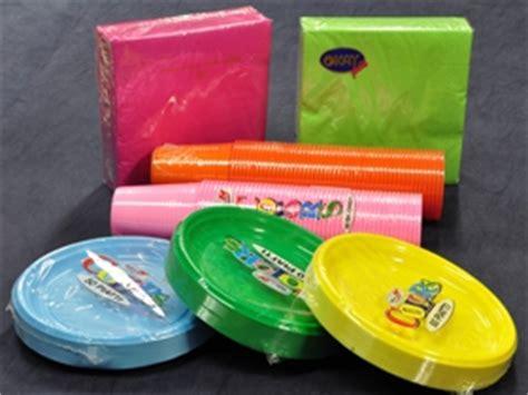 piatti e bicchieri per feste piatti plastica per feste colori per dipingere sulla pelle