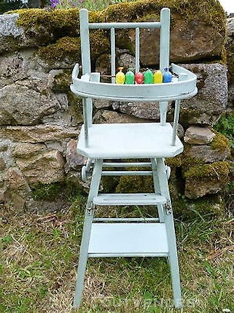 chaise haute pour poupon chaise haute ancienne bois clasf