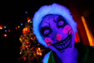 Scariest Halloween Attractions In Pa by Scary Christmas With A Scary Santa And Creepy Elves Youtube