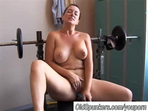 Big Tits Milf Is Feeling Horny Free Porn Videos Youporn