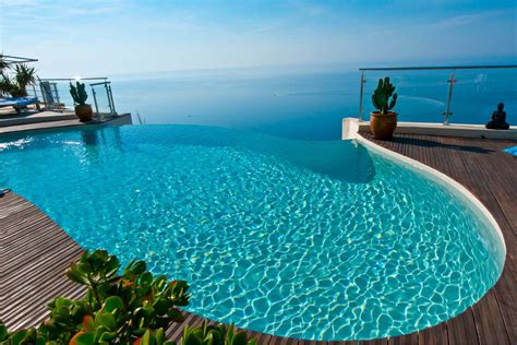 Pool :  {for Enjoying Endless Swimming}