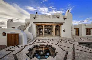 George Strait U0026 39 S Incredible San Antonio Mansion Is Up Sale