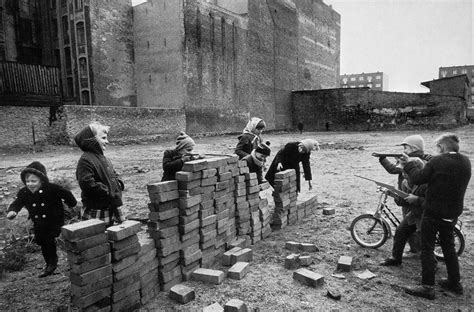 Wall Berlin by 169 Raymond Depardon 1962 Children Building The